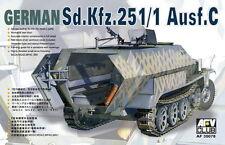 1/35 AFV Club German Sd.Kfz.251/1 Ausf.C Half-Track #35078