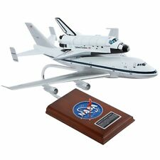 NASA Boeing 747 With Space Shuttle Discovery 1/144 Desk Display Model Airplane
