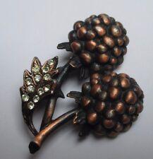 broche rétro en forme de mûre en relief de couleur bronze cristaux diamant 3381