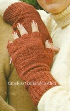 VINTAGE KNITTING PATTERN FOR FINGERLESS GLOVES / MITTS - worked on 2 needles