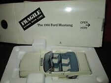 danbury Mint 1966 ford mustang convertible 1/24 scale DIECAST white paint defect