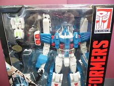 Transformers Combiner Wars Ultra Magnus Autobot Leader Generations NEW IN BOX