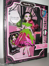 "2012 Monster High ""SNOW BITE"" Draculaura Doll -X4484 Target Stores Exclusive!!"