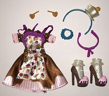 Ever After High Sugar Coated Class Madeline Hatter Doll Outfit Dress & Shoes NEW