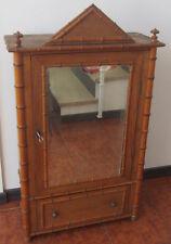Antico mobile in legno - armadio da bambola - giocattolo d'epoca - specchio