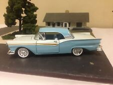 1 NEW 1/32 SCALE DIECAST 1957 Ford Skyliner w/retractable roof