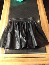 FANTASTIC LITTLE HEARTS & BOWS LEATHER LOOK SHORT SKIRT UK SIZE S WORN EXC CON