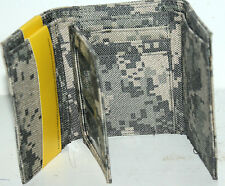UCP FLIP CAMO TRIFOLD WALLET MEN TRI-FOLD + BONUS LED FLASHLIGHT