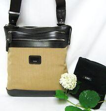 TUMI トゥミ 24105 TOWNHOUSE Zip Pouch Cross Body Shoulder iPad Bag Men Women Gift