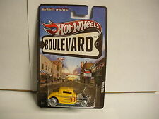 Hot Wheels Boulevard Big Hits '32 Ford Yellow w/ Rubber Tires