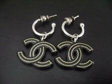 Auth Chanel Vintage Silver & Black CC Dangling Pierce Earring(05A)
