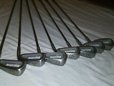 SPALDING EXECUTIVE EZ GOLF CLUB SET 3-9 , Good Condition