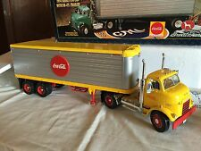 Ertl 1:25 scale 1954 GMC Truck Great Dane Trailer Coca-Cola Beverage w/box
