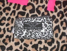 New Victoria's secret Make up  Bag SuperModel Essentials Animal Leopard Print