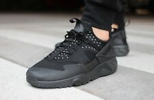 NIKE AIR HUARACHE UTILITY TRAINERS MENS UK 11 EUR 46 US 12 TRIPLE BLACK NM QS SP