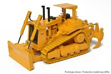 CCM D10 Tractor with Push Blade   Caterpillar 1:48 NIB New Release 2016