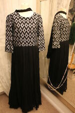 Vestido De Fiesta Hardy Amies Plata Metálico-Ditsy Vintage-tamaño 14 16-ostentoso