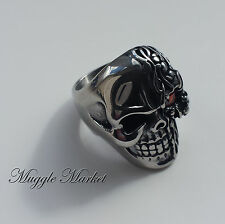 Men's Silver red jewel skull Ring. magical Gothic biker