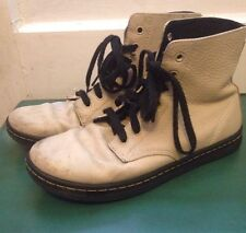 Dr Martens Shoreditch Off White Leather Air Wair Lace Up Ankle Boots US 9 Used