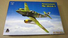Messerschmitt Me-262A-1  1/72 model kit by IOM kit