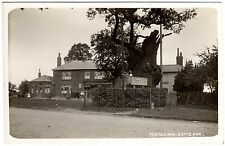 REAL PHOTO POSTCARD OLD OAK TREE-PONY & TRAP-GOFFS OAK HOTEL-GOFFS OAK VILLAGE