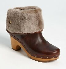 UGG AUSTRALIA LYNNEA CLOG BOOTS SHEARLING LINED BOOTIES CHESTNUT 10 1001793