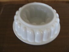 TUPPERWARE 3 piece speckled Jel-ring jello mold/ice ring, sheer insert and seal