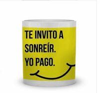 TAZAS DE CERAMICA PERSONALIZADAS MUG. FRASES. TE INVITO A SONREIR. CUPS