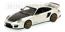 Minichamps Porsche 911 GT2 RS Baujahr 2011 weiß white Limited Edition, 1:18
