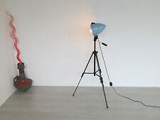 Alte Stativ Tripod Lampe Stehlampe Stehleuchte Strahler Bühnenscheinwerfer Hanau