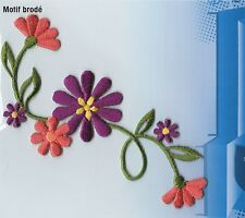PURPLE FLOWER SHOOT IRON ON APPLIQUE MOTIF PATCH, BRAND NEW