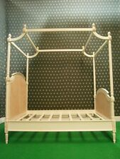 Single size Antique Ivory / Cream pottery barn style four poster rattan bed