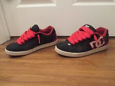 Used Worn Size 13 DC Shoes Net SE Skateboard Shoes Black Red White