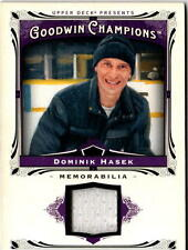 NHL TRADING CARDS --- JERSEY CARD --- Dominik Hasek --- Detroit Red Wings