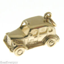 GOLD LONDON TAXI CHARM.   HALLMARKED 9 CARAT GOLD TAXI CAB CHARM