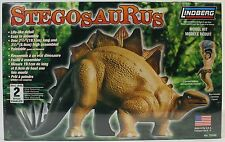STEGOSAURUS MODEL KIT Dinosaur Figure Statue NEW Animal Toy Lindberg Kit Age 8+