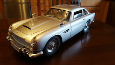 Bausatz -James Bond DB5 Aston Martin 1:8 Eagelmoss