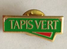 Tapis Vert Pin Badge Rare Vintage Advertising (F10)