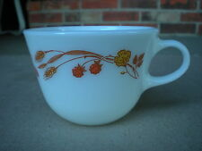 Vintage Corning Ware Harvest Home Golden Wheat Berrys Coffee Cup Pyrex 1970's