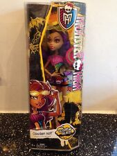 Monster High Doll clawdeen wolf- Gloom Beach range NEW