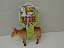 Mucca giocattolo in gomma 13x8 cm GLI ANIMALI DELLA FATTORIA Età 3+ T389