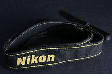 Nikon Tragegurt Schultergurt Riemen schwarz; gebraucht und Überweisung bitte!
