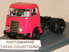 CAMION TRACTEUR SEUL DAF A30 ROUGE  NEO 1/50 Ref 50031