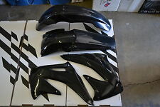 RACE TECH  BLACK PLASTIC KIT CRF450 CRF450R  FENDERS SCHROUDS  2002 2003 2004