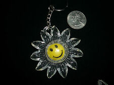 vintage keychain smile smiley face daisy flower pendant drop keychain 1980's S1