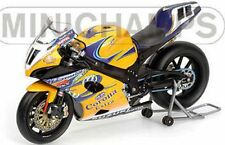 MINICHAMPS 052211 Suzuki GSX R1000 bike Troy Corser WSB Champion 2005 1:12th