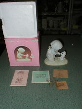 """PRECIOUS MOMENTS 1986 """"FEED MY SHEEP"""" PM-871 YOUNG GIRL BOTTLE FEEDING LAMB"""