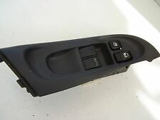 Nissan Almera (2000-2003) Front right Window Switch