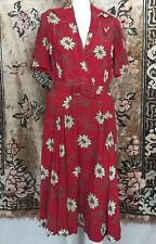 Vintage 1940s Poinsettia Flower Print Rayon Dress  Red Green Matching Belt WWII