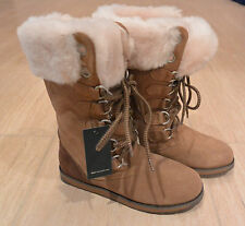 NIB Emu Australia Women's Featherwood Hi Merino Wool Boots in Chestnut. Size 6M